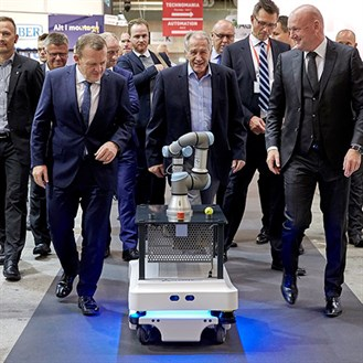 collaborative-robots-on-the-move-with-mobile-industrial-robots-mir_329x329.jpg